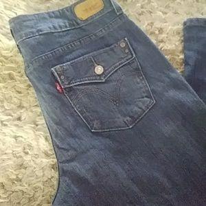 Levis button back pocket jeans sz 8